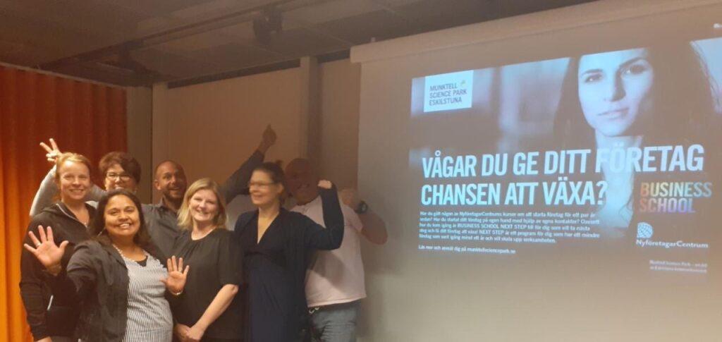 Gruppbild med företagare som deltagit i Business school Next step